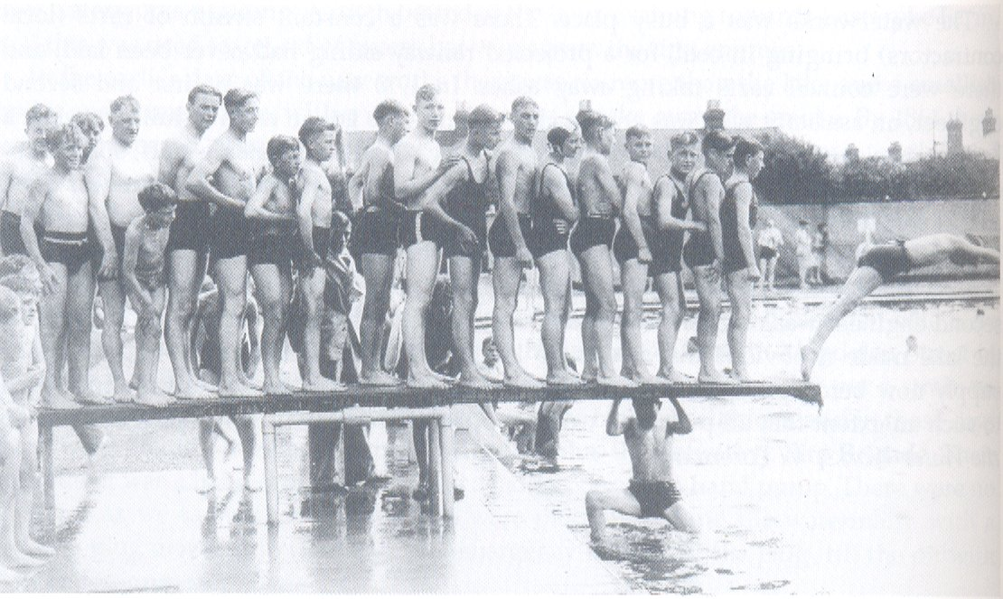 [Hinksey pools diving board 1936]