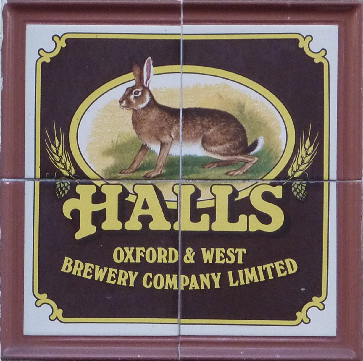 Halls pub sign 51 Vicarage Lane