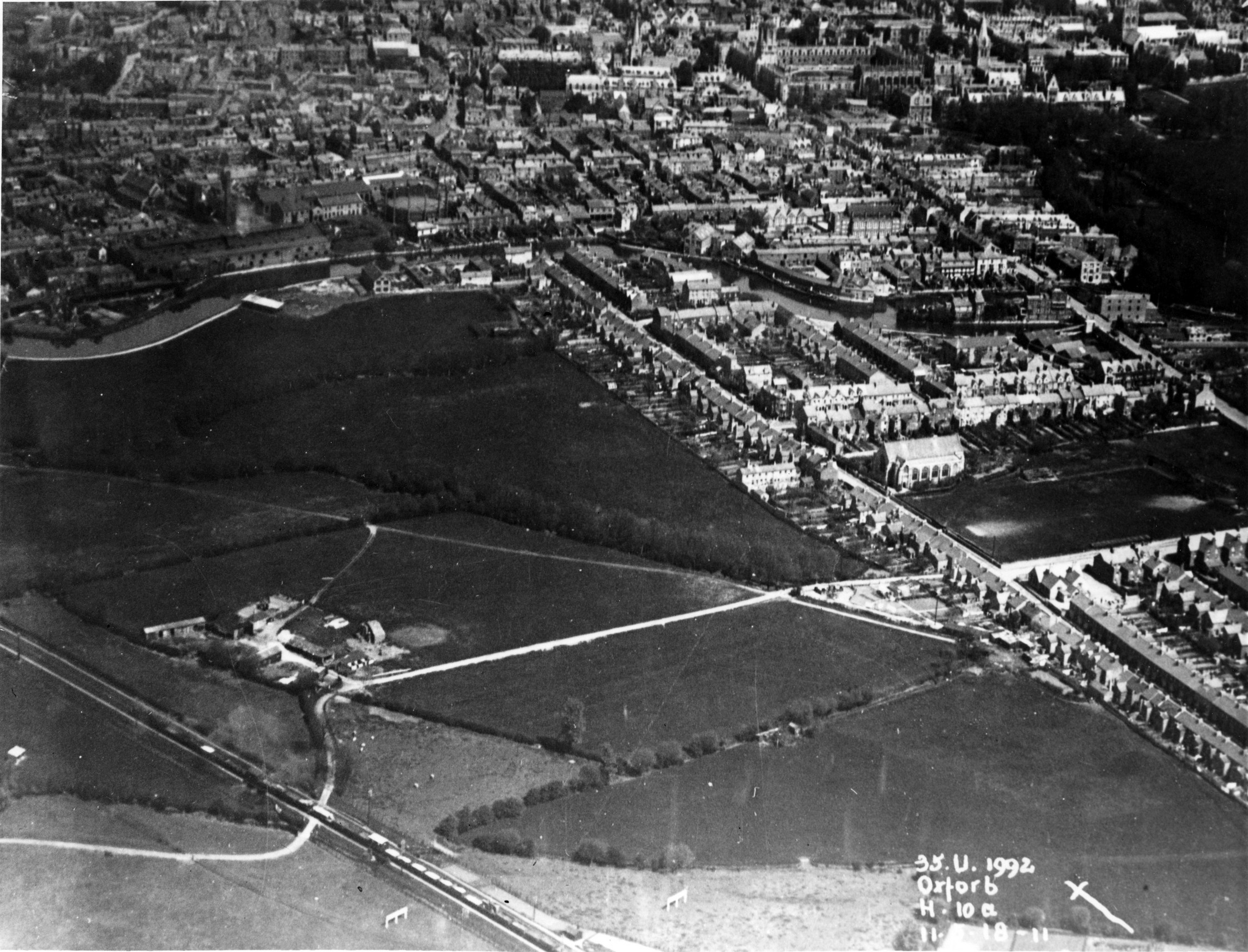 [Grandpont from the air 1918]